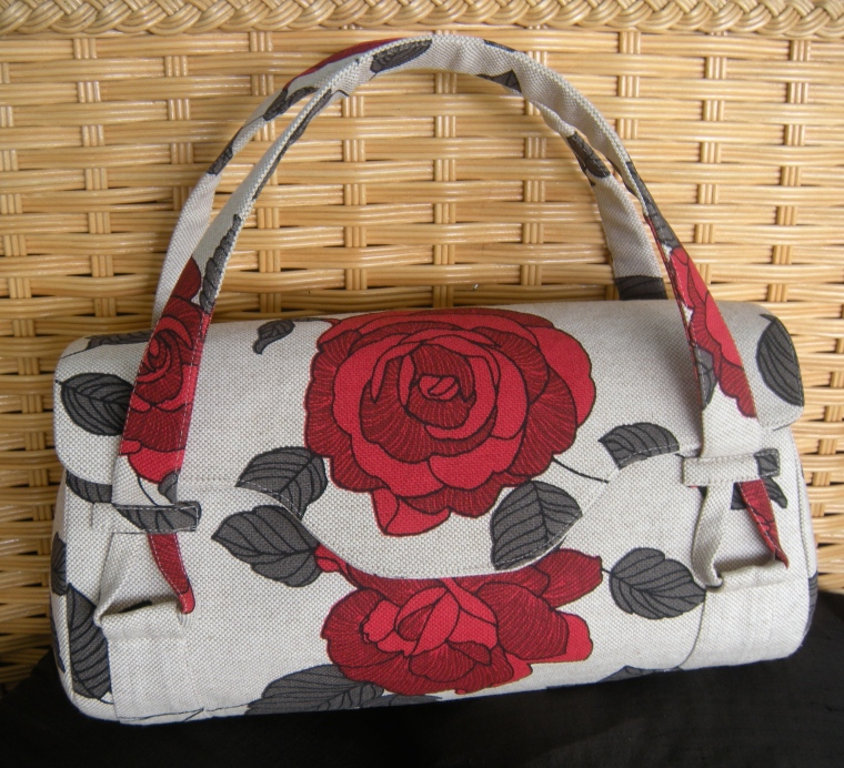 Yahoo, my Blossom Handbag is finished!