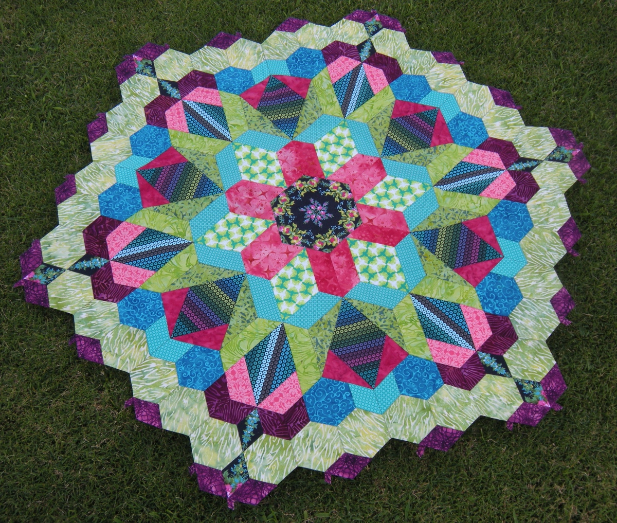 Machine Stitching The New Hexagon Millefiore Quilt